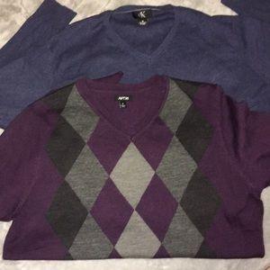 2 Men's V neck Sweaters